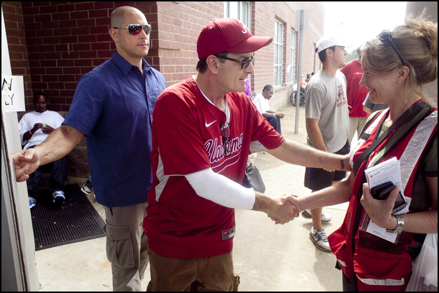 Charlie Sheen in Tuscaloosa Alabama after the tornado